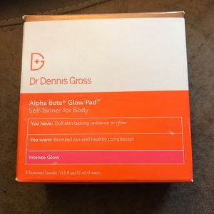 NWT Dr Dennis Gross glow pads
